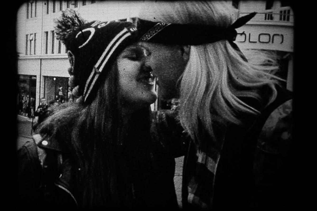arsi-fennica-35-kisses-videoteos