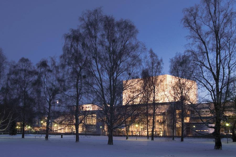 Tampere-talo-jouluista-yhteislaulua